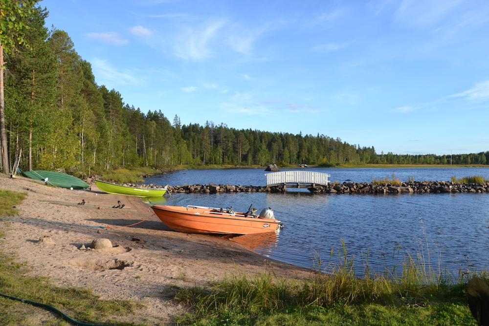 At Kemijärvi lake you can be active or relaxed, it's your choice.